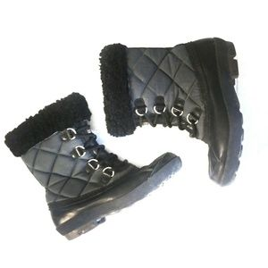 UGG Snow Boots Newberry Winter Shearling Black 7